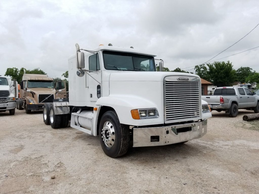 solid 1998 Freightliner FLD truck