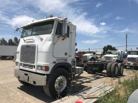 some issues 1998 Freightliner truck for sale
