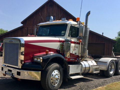 very nice 1998 Freightliner 3406 E truck for sale