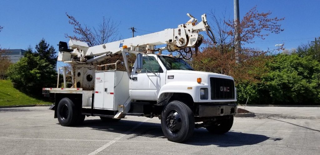 reliable 2000 GMC 7500 truck
