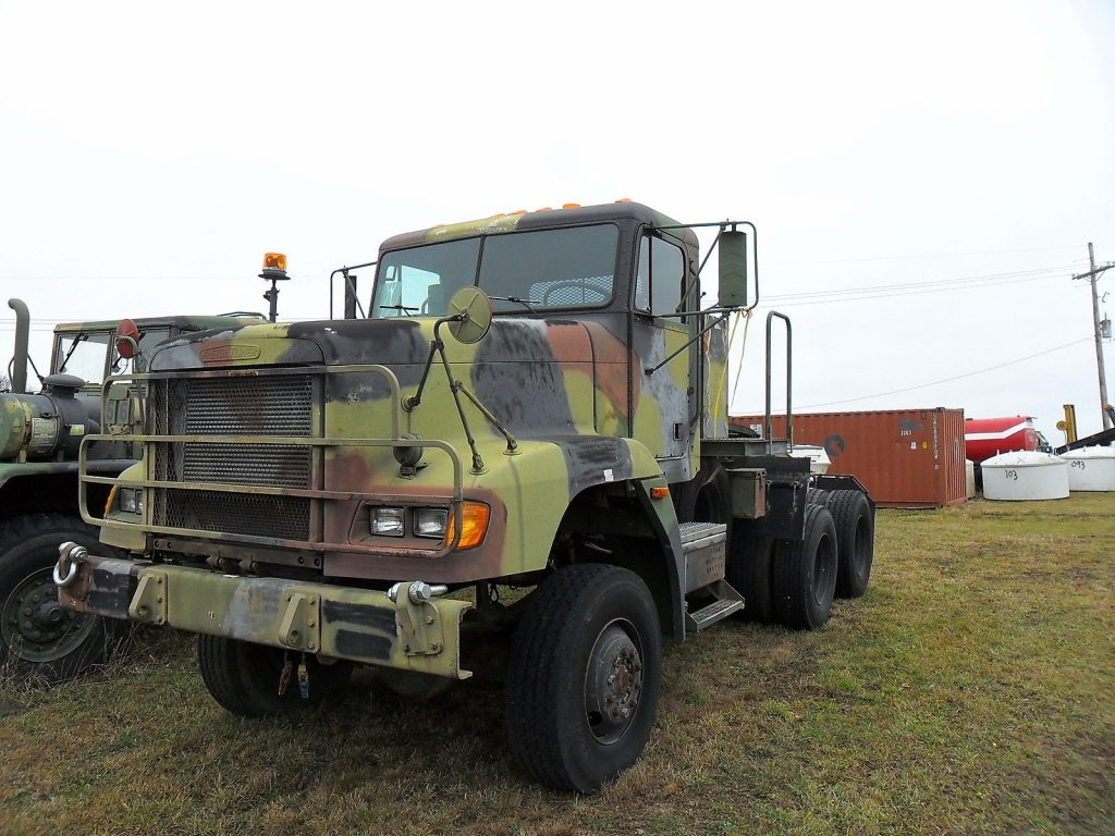 strong 1992 Freightliner M916a1 6X6 Truck