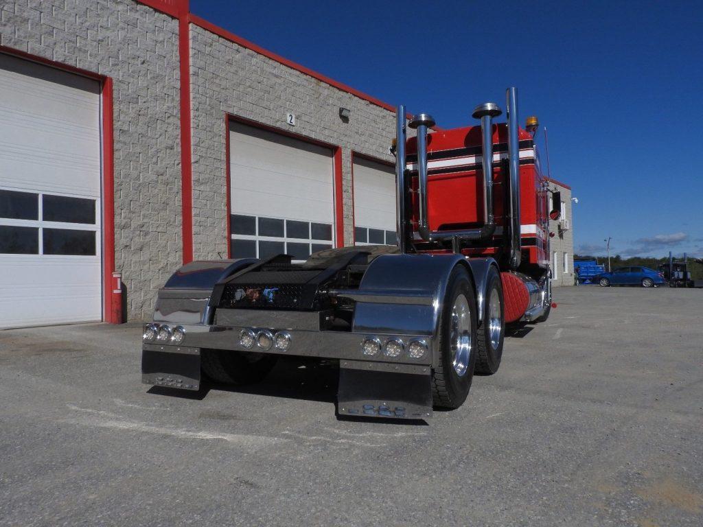 superb 1999 Kenworth K 100 truck