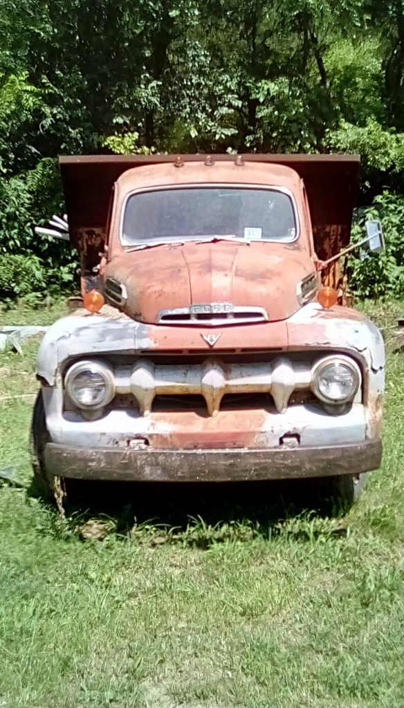 all original 1952 Ford dump truck