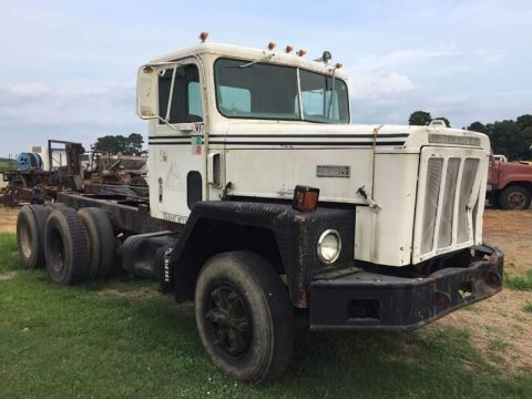 solid 1981 International Paystar 5000 truck for sale