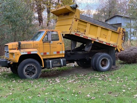 low miles 1986 Ford F800 truck for sale