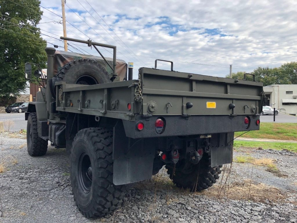 low miles 1991 BMY M931 A2 5 Ton Bobbed truck