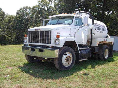 vacuum tanker 1987 GMC Brigadier truck for sale