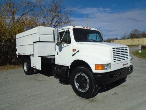 clean 1990 International 4700 Chipper DUMP Truck for sale