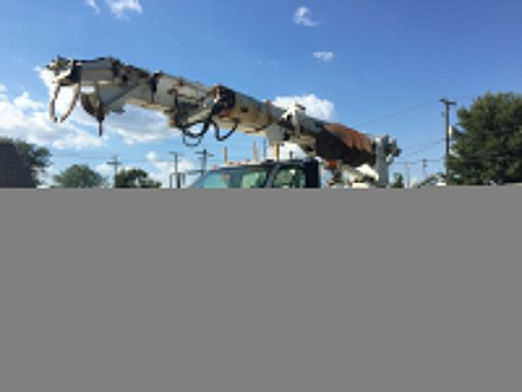 clean 1995 GMC Topkick Teco 45′ Digger truck for sale