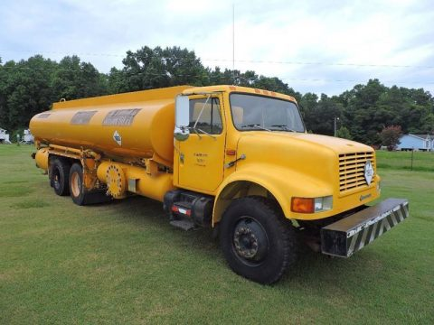 low miles 1993 International 4300 truck for sale