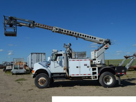 new engine 1992 International 4800 4×4 truck for sale