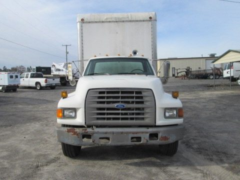solid 1995 Ford F800 Van Enclosed Lube Truck for sale