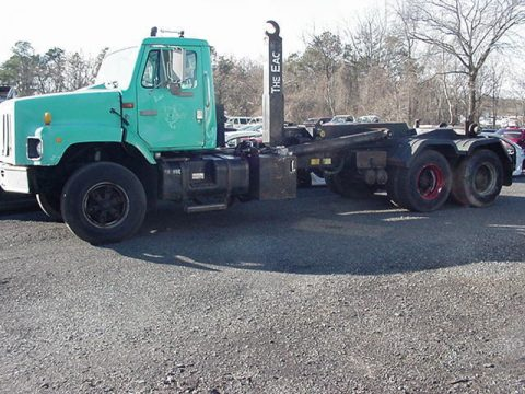 solid 1996 International 2674 truck for sale