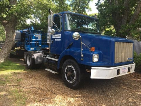 very nice 1995 GMC day cab truck for sale