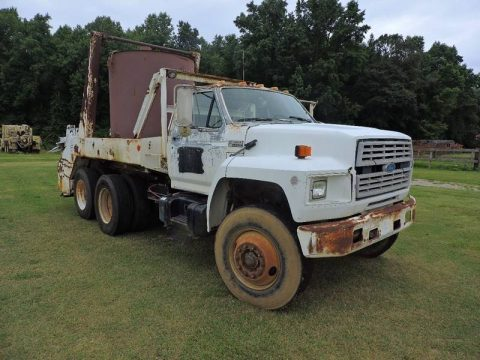 well operating 1993 Ford F900 truck for sale