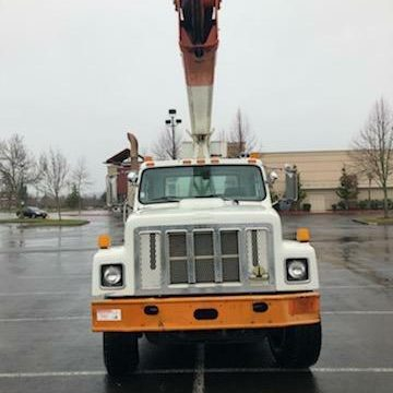 low miles 1997 International F2574 Double Elevator Bucket Boom Truck for sale