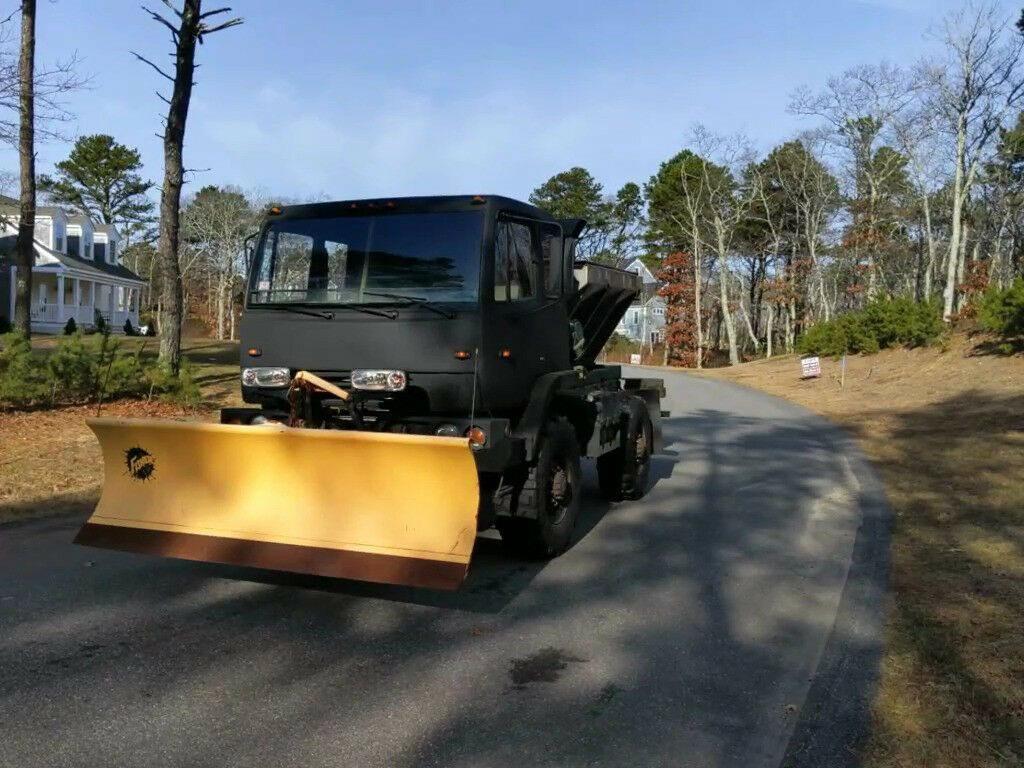 low miles 1997 Stewart & Stevenson M1078 plow truck