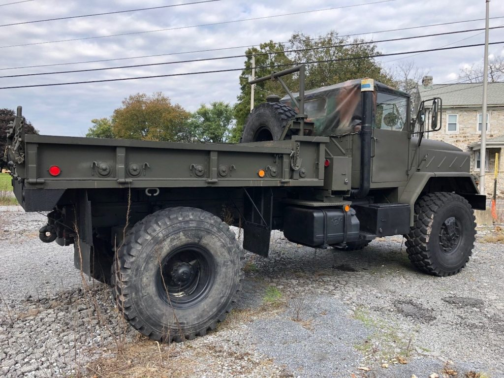 low miles 1991 BMY M931 A2 5 Ton Bobbed Military truck