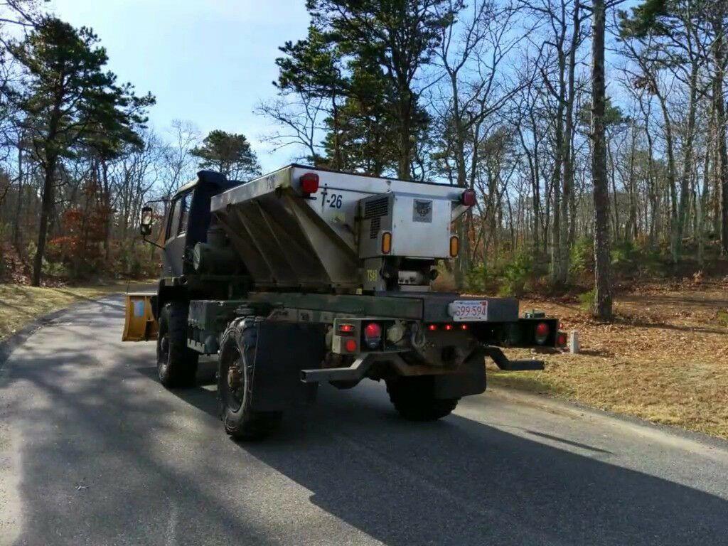 low miles 1997 Stewart & Stevenson M1078 Army Plow Truck