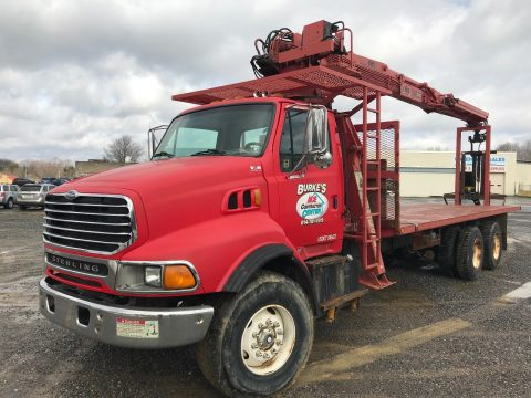 reconditioned 1998 Ford HTL9513 hydraulic crane truck for sale