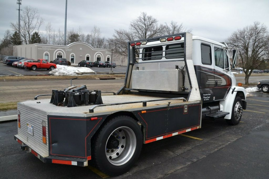 Sport Chassis 1998 Freightliner FL60 Hauler Truck