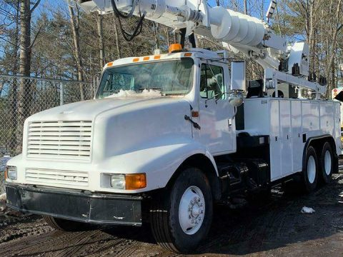 low miles 1999 International 2674 truck for sale
