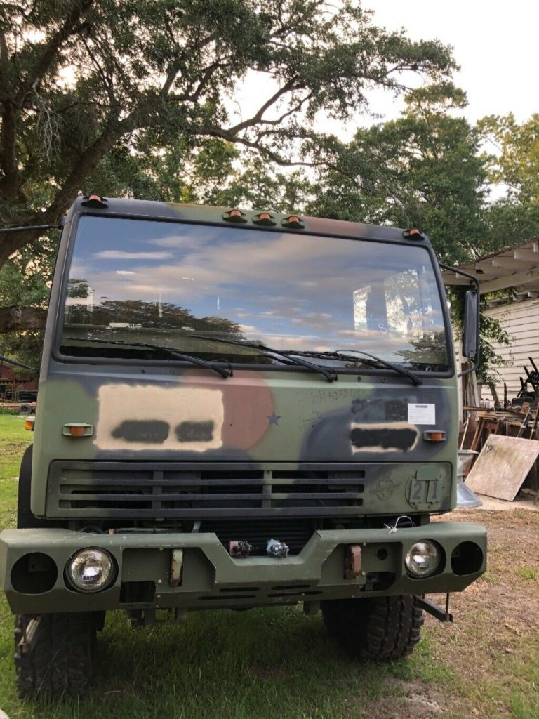low miles 1998 Stewart & Stevenson military truck