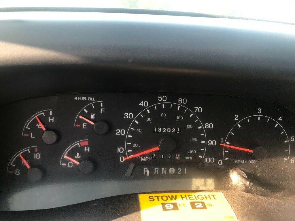 good running 2000 Ford F450 Bucket truck