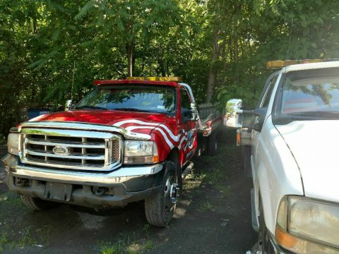 needs TLC 2000 Ford F-550 truck for sale