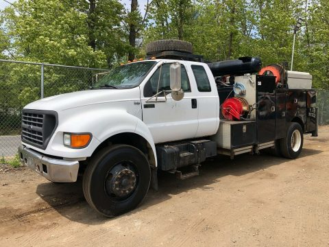 very solid 2000 Ford f650 truck for sale