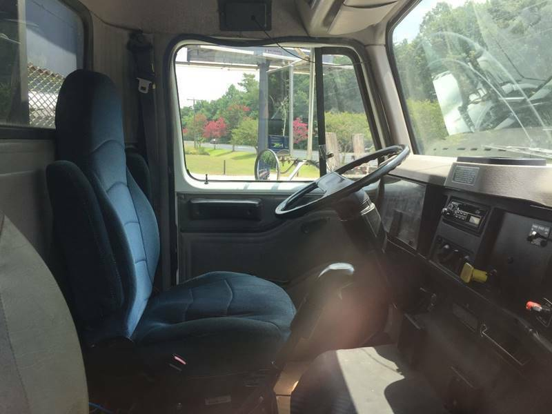 good solid 2000 International 8100 truck