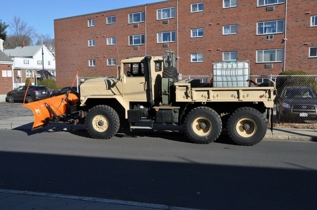 many upgrades 1990 BMY 931a2 6X6 Military PLOW TRUCK