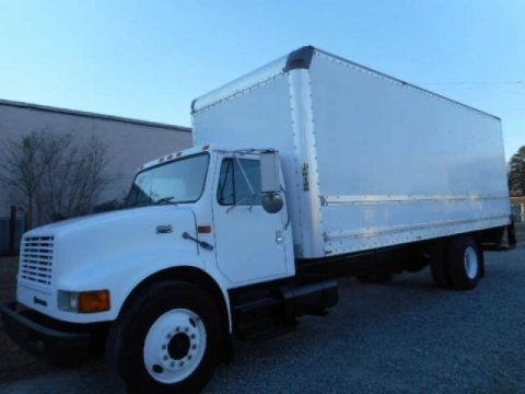 very clean 2000 International 4300 box truck for sale