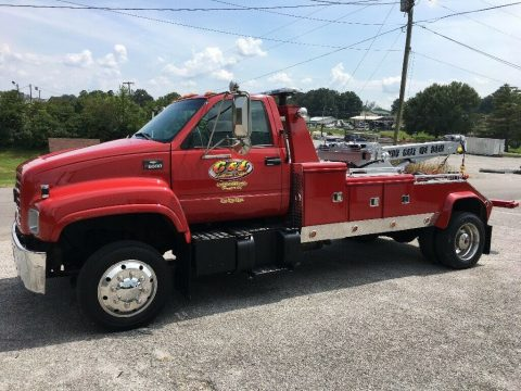 well equipped 2001 Chevrolet C6500 Wrecker tow truck for sale