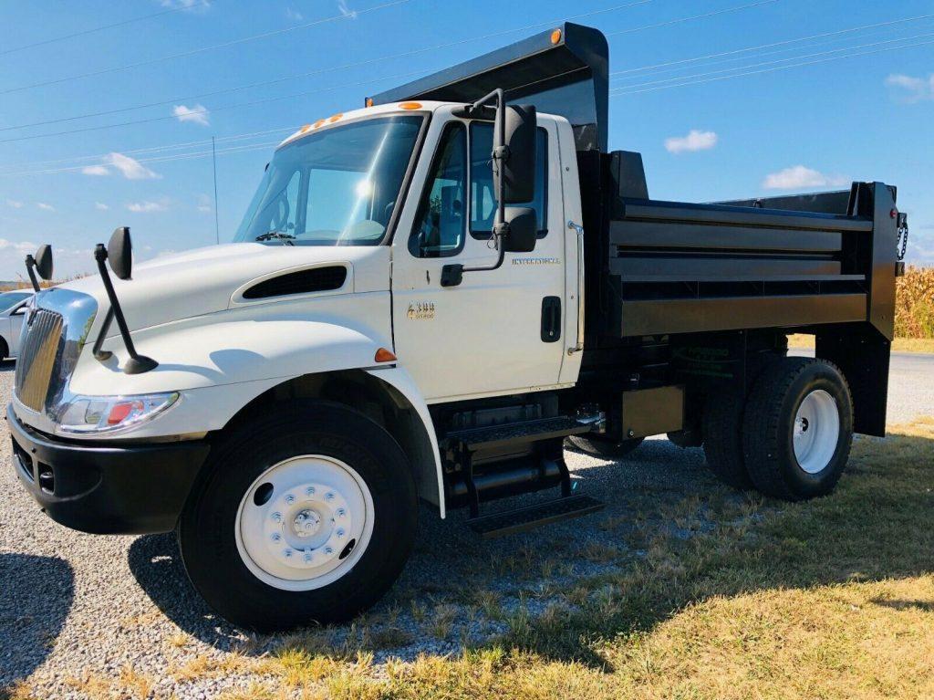 clean and sharp 2005 International 4300 Dump Truck
