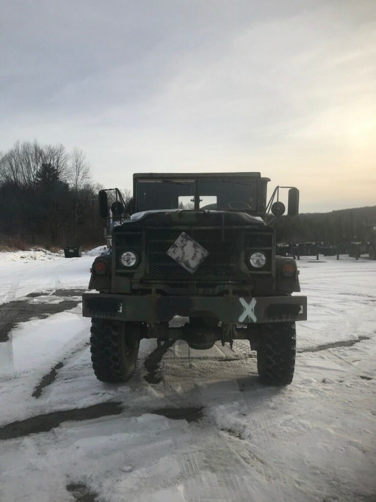 strong 1990 BMY 5 ton army truck