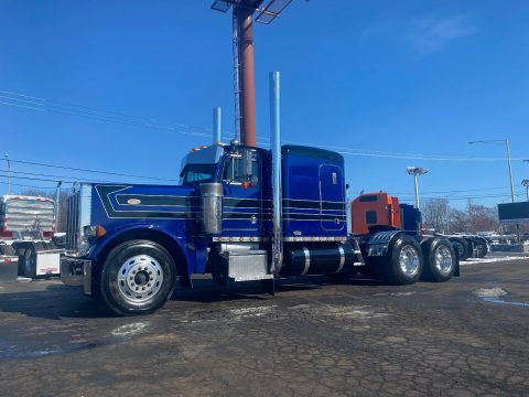 loaded 1997 Peterbilt 379 truck for sale