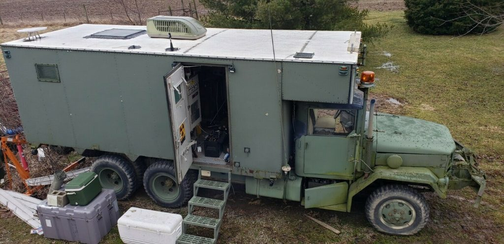 tons of extras 1968 Kaiser Military truck