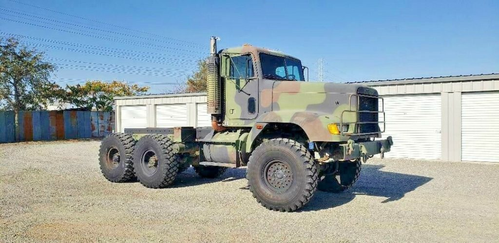 low miles 1993 Freightliner M916A1 military truck