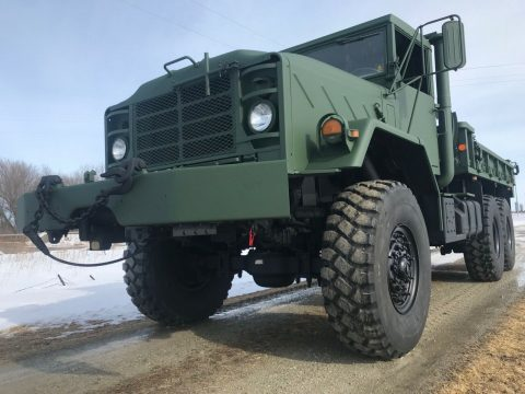 very clean 1991 BMY Harsco M925a2 6×6 Cargo Truck for sale