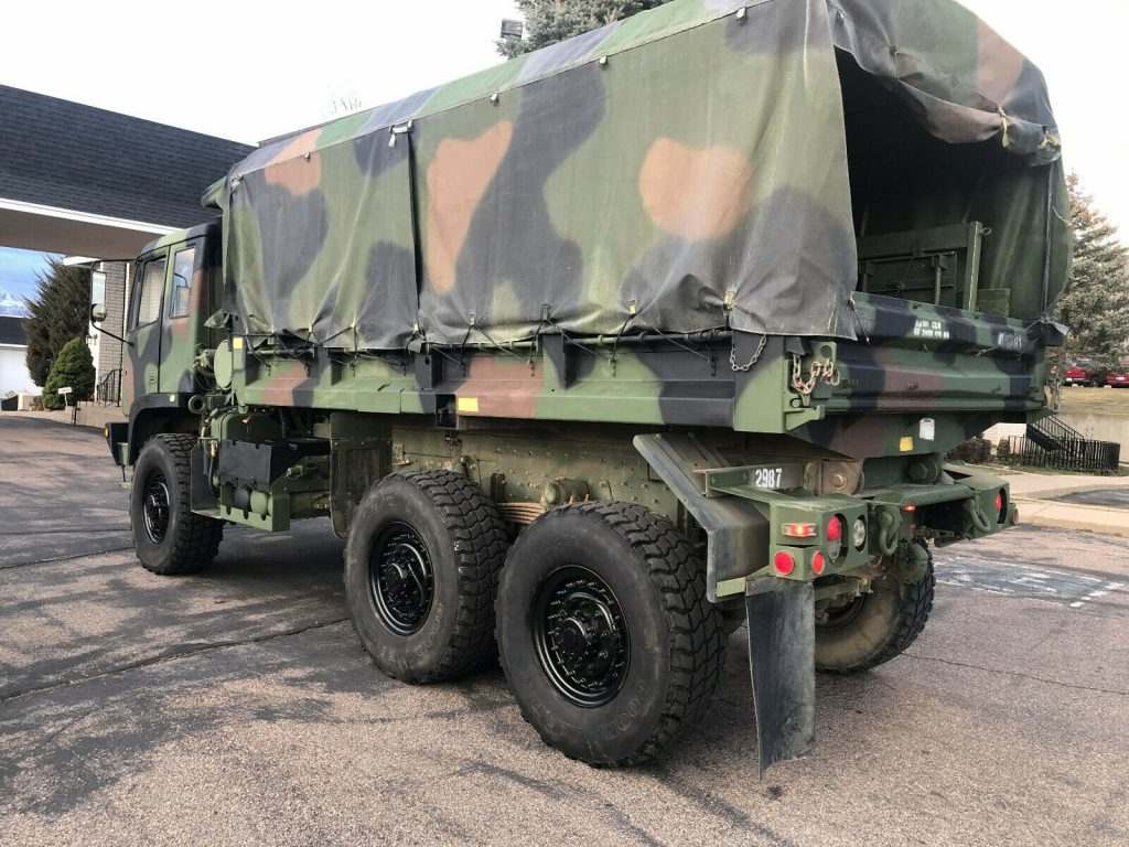 very nice 1995 BAE M1090 MTV military truck