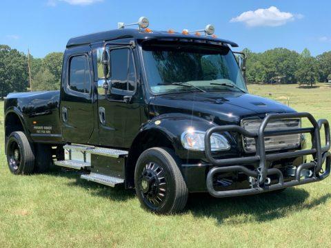 Custom hauler 2014 Freightliner M2 106 Sport Chassis truck for sale