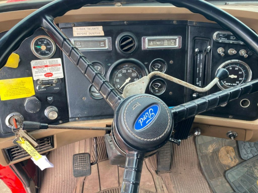 low mileage 1988 Ford F 8000 truck